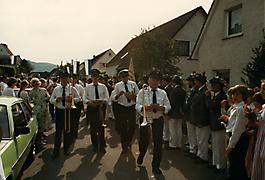 199105-121